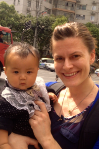 Unexpected stree-side baby-cuddle, no complaints here!